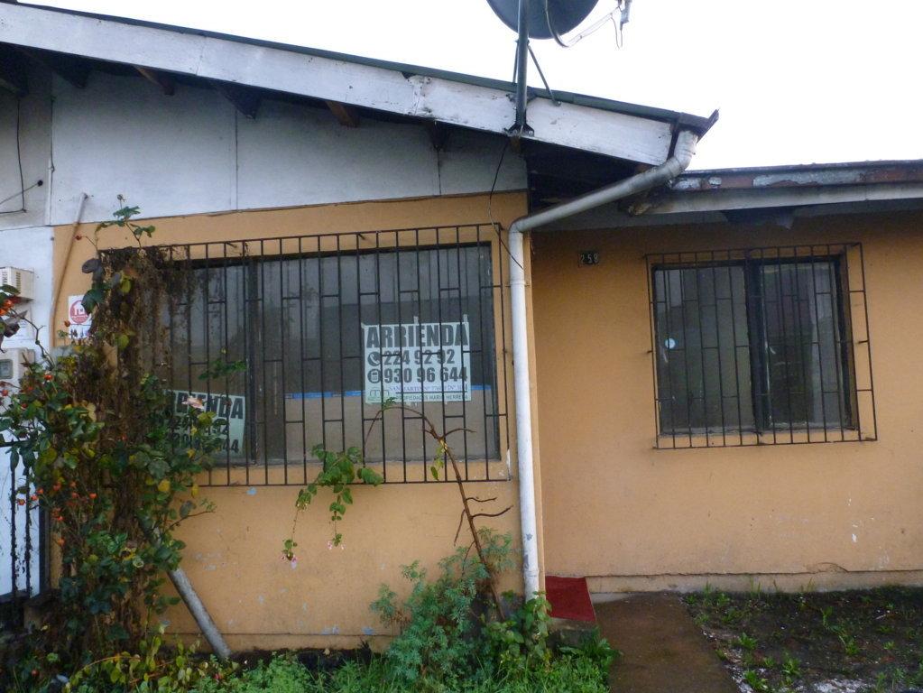 Frontis de casa barata en arriendo en Pedro del Rio Zañartu, Los Carrera Poniente, Concepción centro